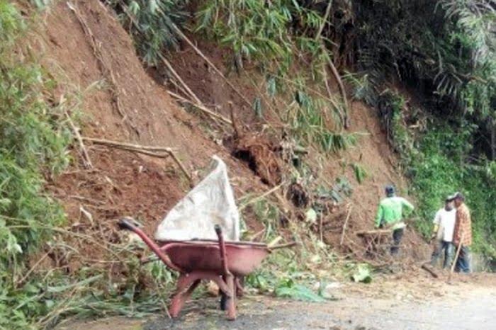 Tebing Cipadung Longsor 2019 PR