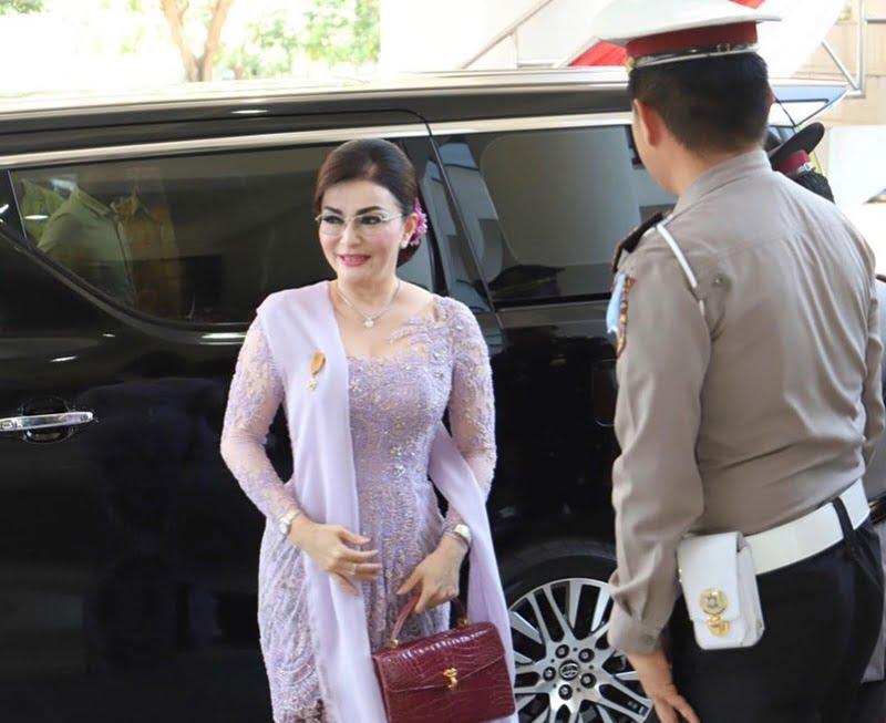 Calon Nama Menteri 2019 IGchristiany Eugenia Paruntu