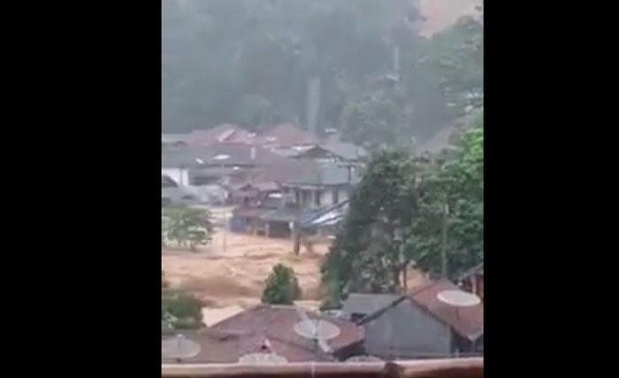 Banjir Bandang Cipanas HOAX FB