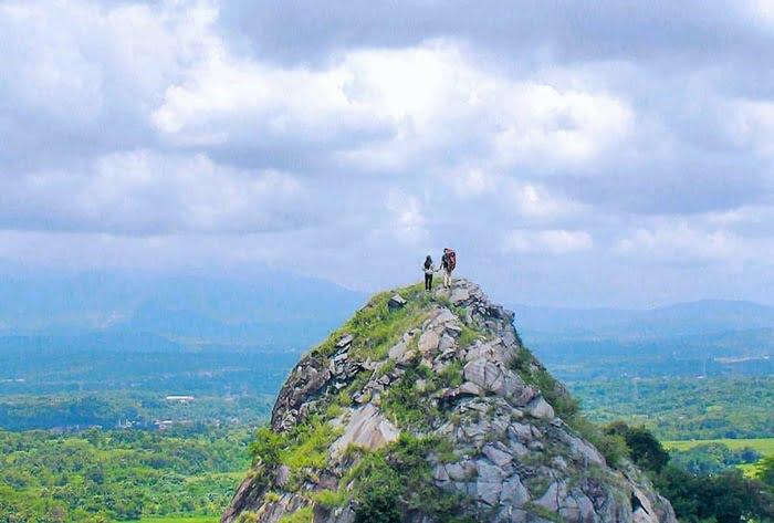 Gunung Batu Tilu IGcirebonpetualang